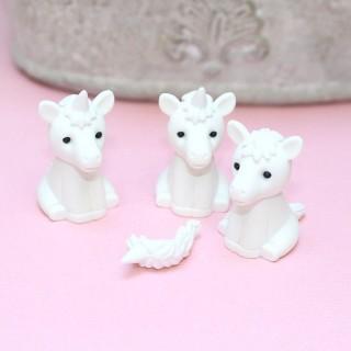 Gomme Iwako White Unicorn