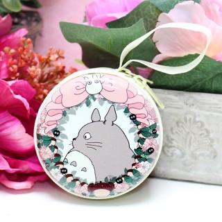 Boîte pour écouteurs Totoro Flower