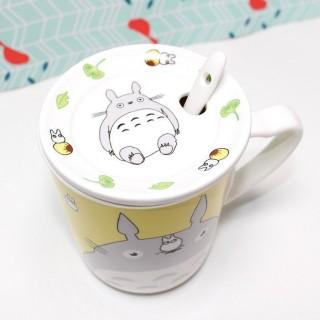 Mug Totoro Jaune avec couvercle