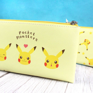Trousse Plate Pokémon - Pikachu Stars / Tamtokki.com - Boutique Kawaii en France IM#9234